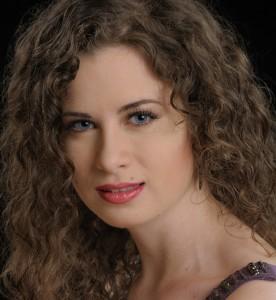 Cara Williams, soprano_edited smaller